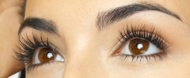 how-to-make-your-lashes-appear-thicker